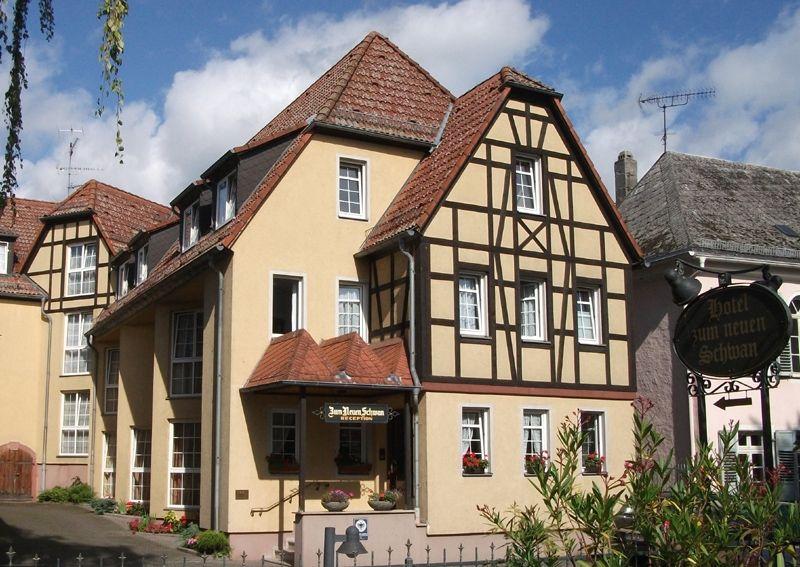 Hotel Zum Neuen Schwan - direkt am Rhein