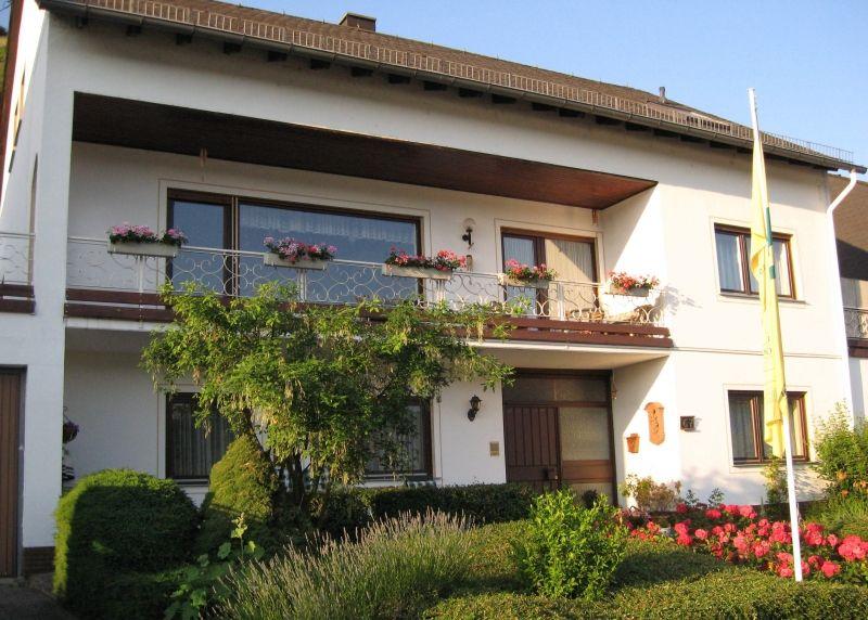 Gästezimmer Am Rebenhang im Rheintal